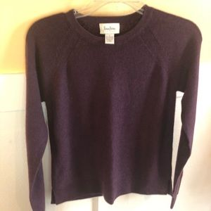 Neiman Marcus cashmere sweater small *FLAW* plum